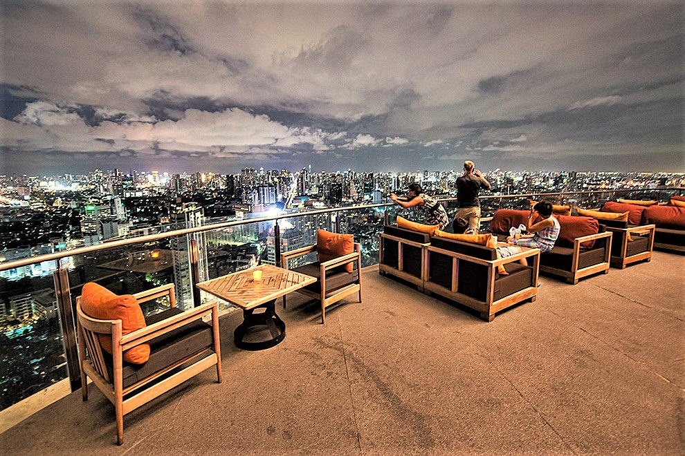 Zeppelin Rooftop Bar(ツェッペン ルーフトップバー)