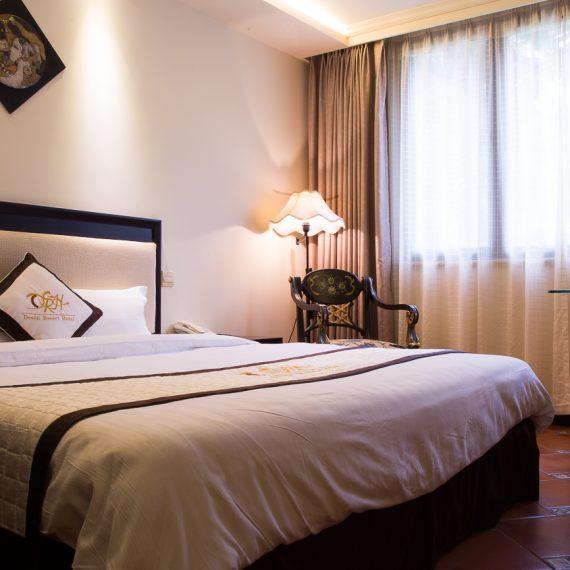 ドーソン ホテル ベトナム 風俗 置屋 セックス 美女