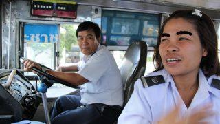 タイのバンコクでイモトアヤコに会いタイ!かわいいバスガイド物語
