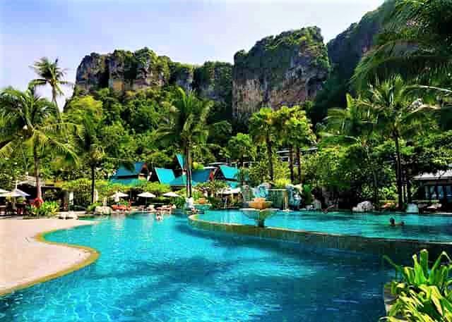 エメラルドプール 秘境 温泉 タイ クラビ 人気 観光スポット 旅行 ランキング プラナンビーチ アオナンビーチポダ島 タップ島 チキン島