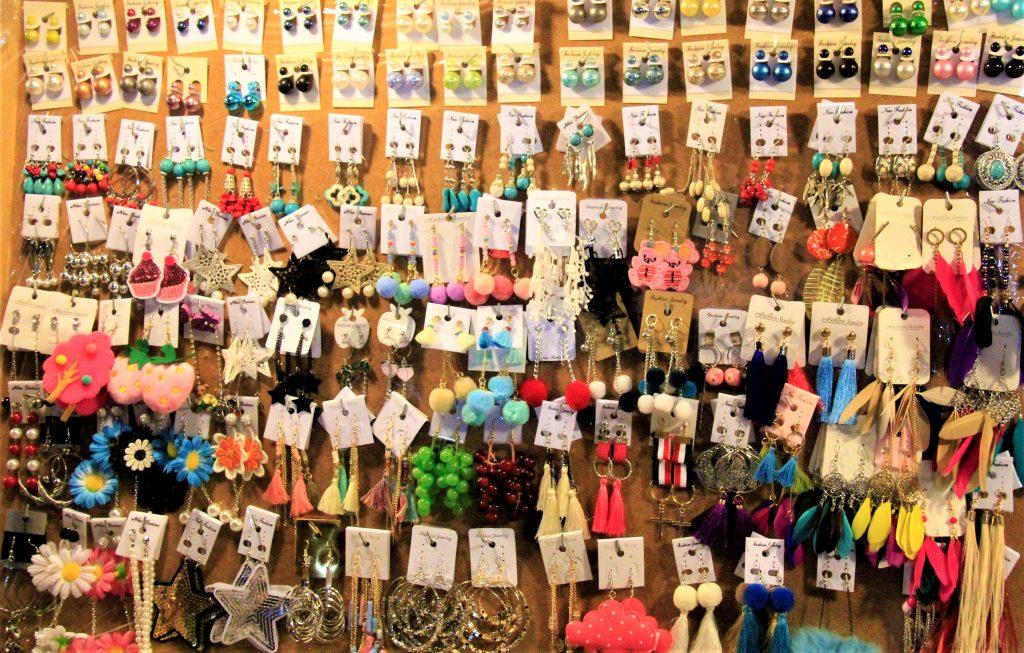タイ土産 夜遊び バンコク おすすめ 人気 ナイトマーケット  アジアティーク 鉄道市場 ターミナル21 アラブ人街 パッポン